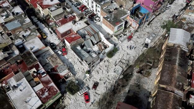 En fotos: Tremenda granizada sorprende a Guadalajara