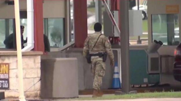 Identifican a soldado hallado muerto en base Fort Sam
