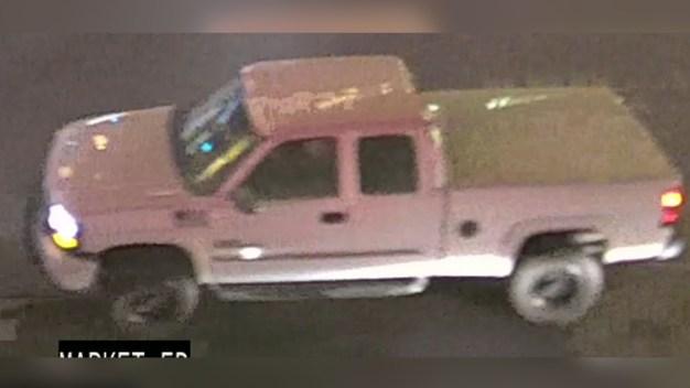 Revelan foto de camioneta ligada a tiroteo al centro de SA