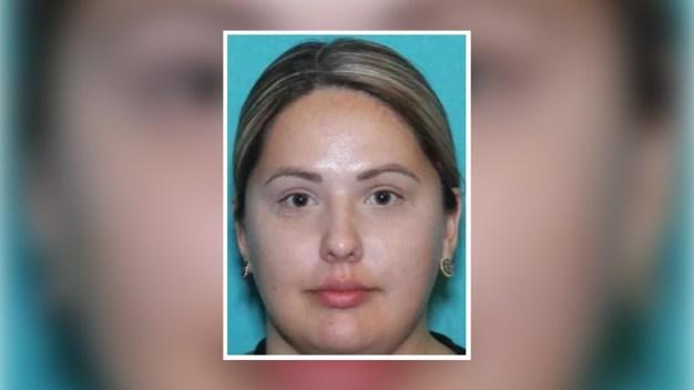 Hispana es hallada muerta en estacionamiento de SAC