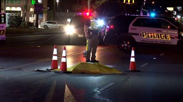 Múltiples vehículos atropellan a hombre en Culebra Road