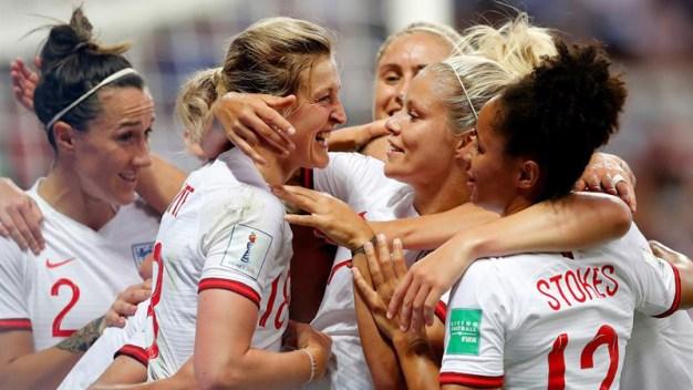 En vivo: Inglaterra vence a Japón con doblete de White