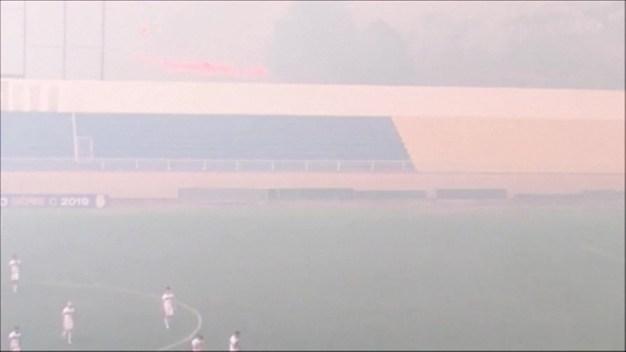 Suspenden partido por el humo de los fuegos en el Amazonas