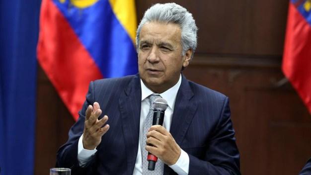 """Lenín Moreno le echa la culpa y llama """"asno"""" a Maduro"""