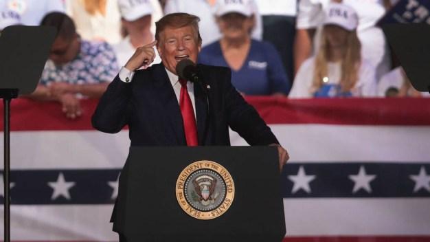 Simpatizante de Trump pide disparar a los migrantes
