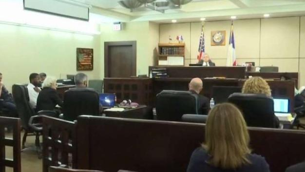 Juez decide anular juicio de asesinato