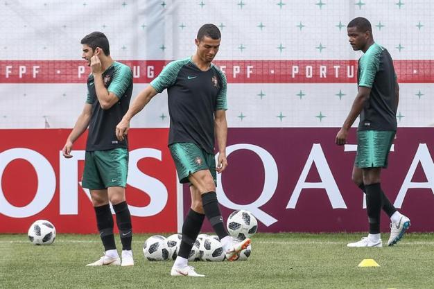Portugal se enfrenta a Marruecos y a su pasado en Moscú