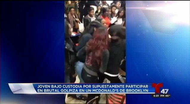 Arrestan a una sexta adolescente por pelea en McDonald's