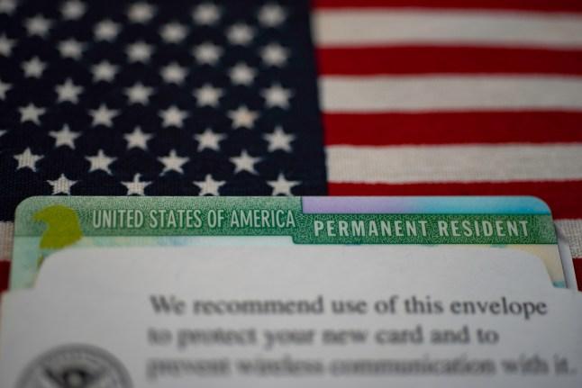 Residencia por casamiento y posterior ciudadanía: rige nueva regla