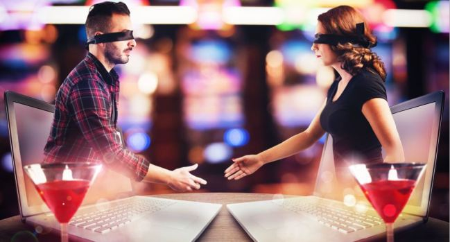 """[TLMD - NATL] Mujer conoció a """"millonario"""" y ella pierde $80,000 por amor"""