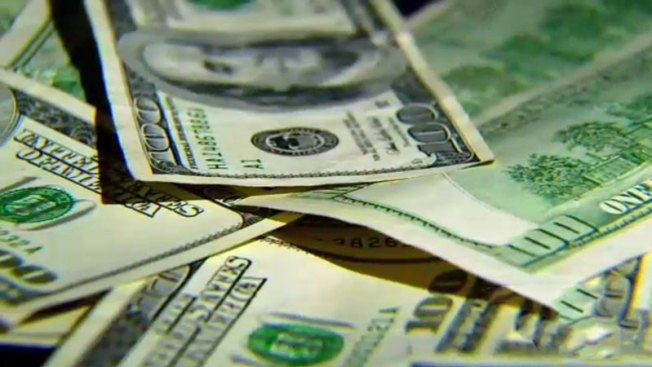 Distrito escolar aprueba aumento salarial