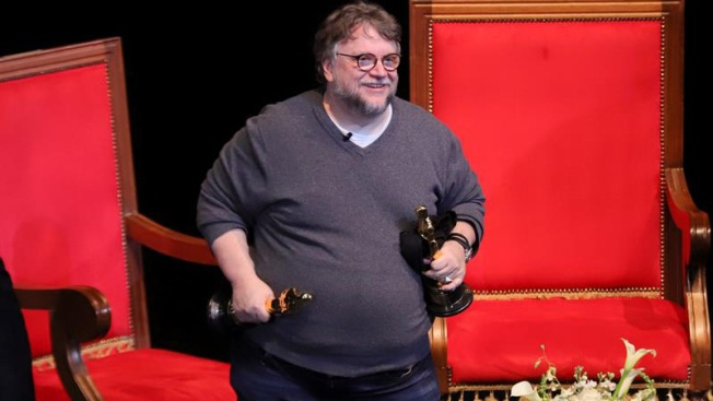 Del Toro ofrecerá más becas a jóvenes cineastas mexicanos
