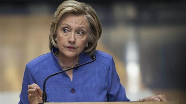 Crece el escándalo de los correos de Clinton