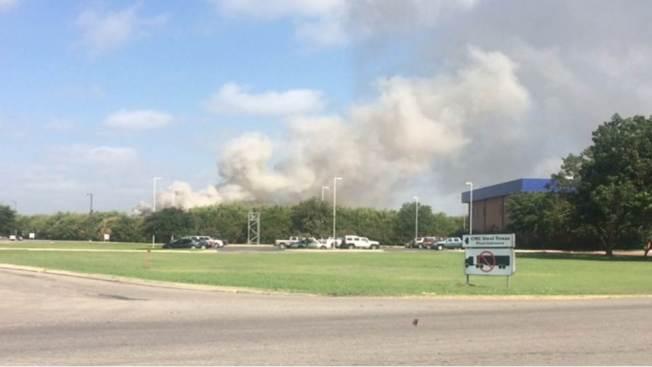 Gran incendio en planta de acero