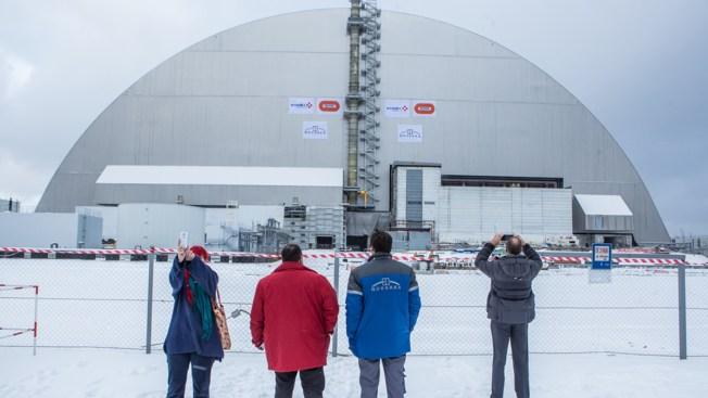 Instalan nueva bóveda a planta nuclear de Chérnobil