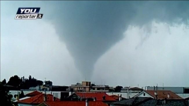 Video: Tornado deja destrucción y muerte