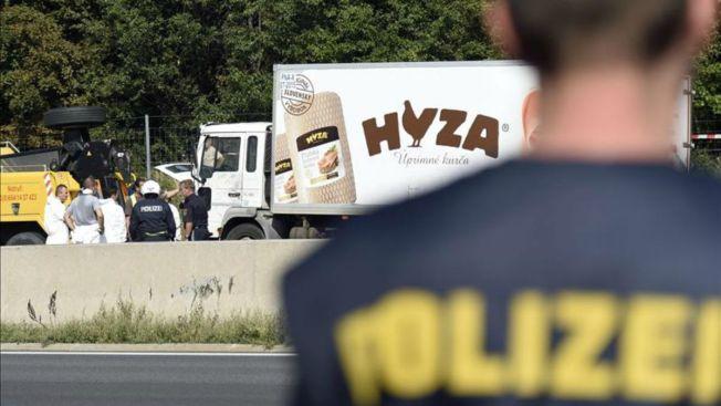 Presos tras hallazgo de camión con 71 cuerpos