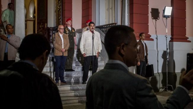 Venezuela: liberan a tres presos políticos tras diálogo