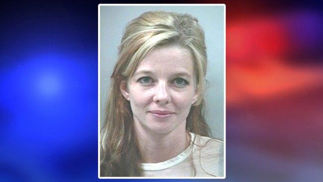 Arrestada por acuchillar a su novio