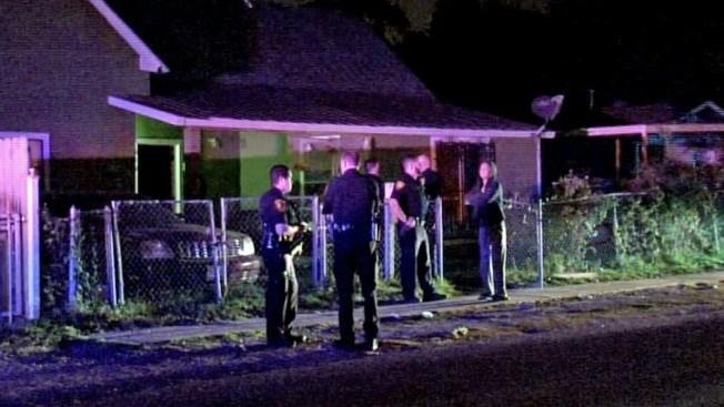 Dos hombres mueren baleados en la cabeza en su casa