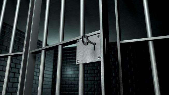 Fiscal se disculpa por apresar 30 años a inocente