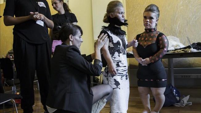 Modelos enanas  se toman las pasarelas de Paris
