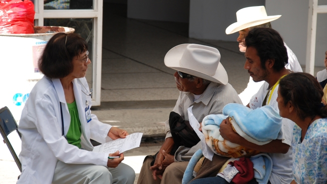 Doctores de SA salvan vidas en Oaxaca