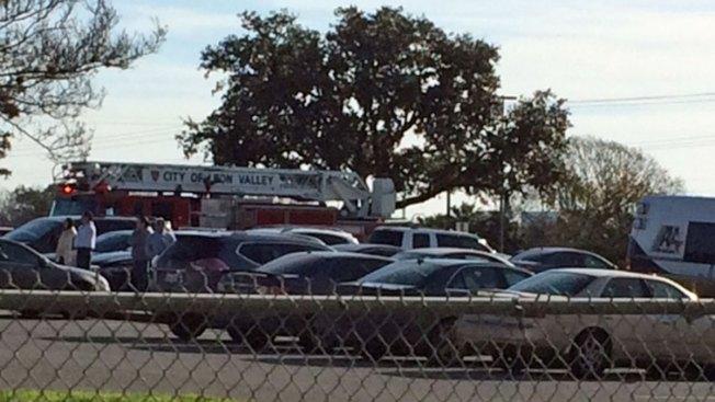 Cientos de estudiantes evacuados en Leon Valley