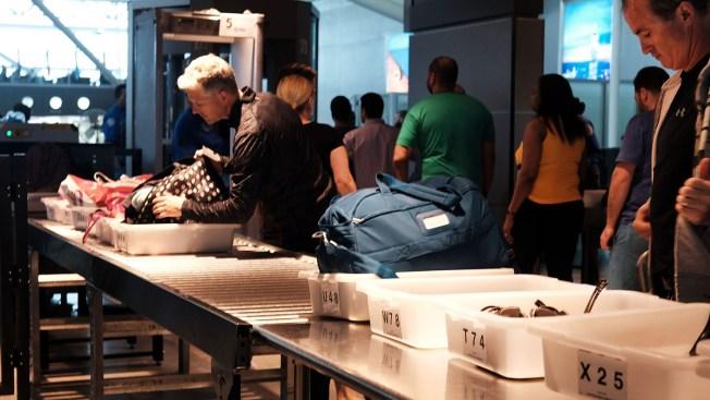 EEUU analiza vetar el uso de laptop en algunos vuelos