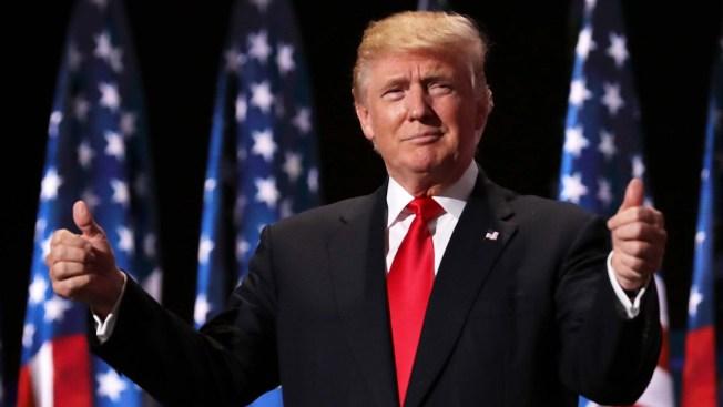 """Trump dice ser muy """"exitoso"""" como para enfrentar un juicio político"""