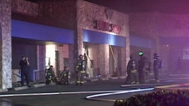 Incendio en club nocturno bajo investigación