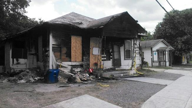 Mujer muere atrapada en incendio
