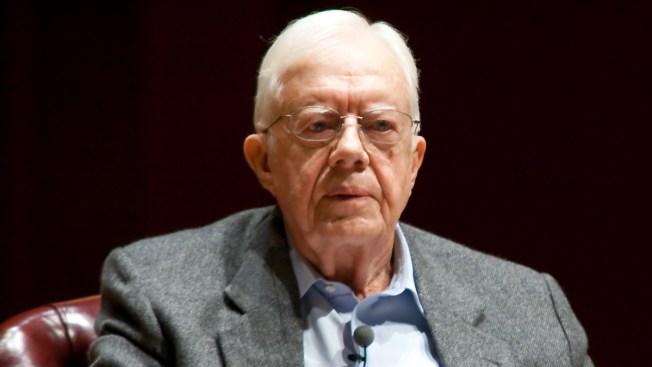 Ex presidente Carter tiene cáncer cerebral