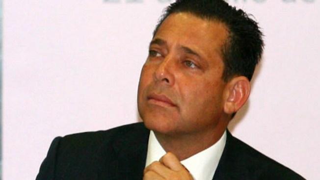 Exgobernador busca freno legal a su extradición