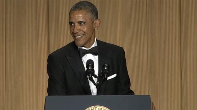 Obama se divierte con corresponsales