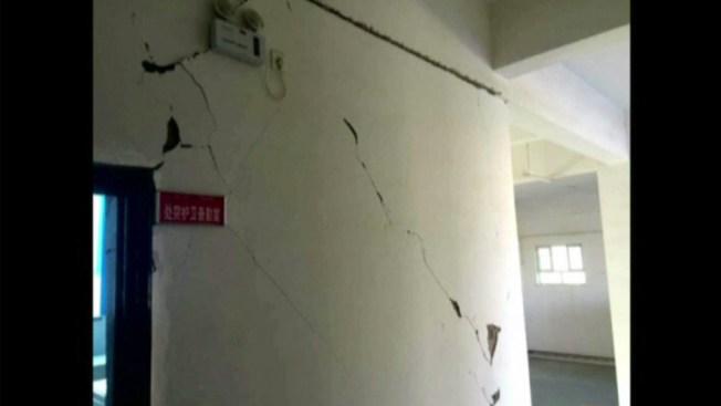 Terremoto en China deja muertos y heridos