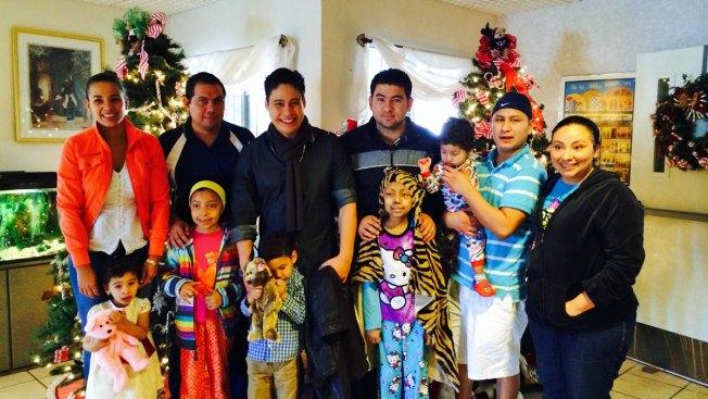 Niños hospitalizados reciben a Johnathan Solarte