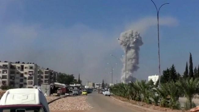 Ofensiva rebelde deja 74 muertos, 25 de ellos niños