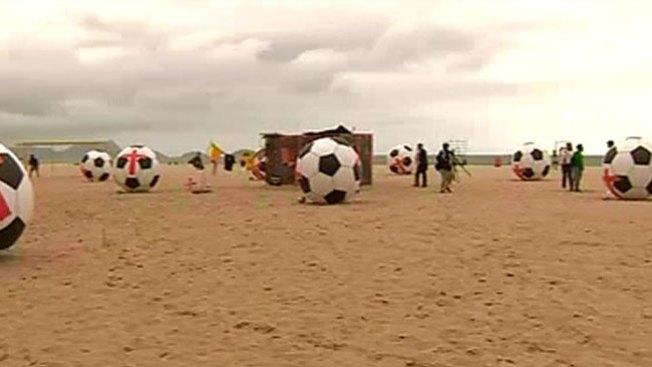 Balones gigantes contra el Mundial