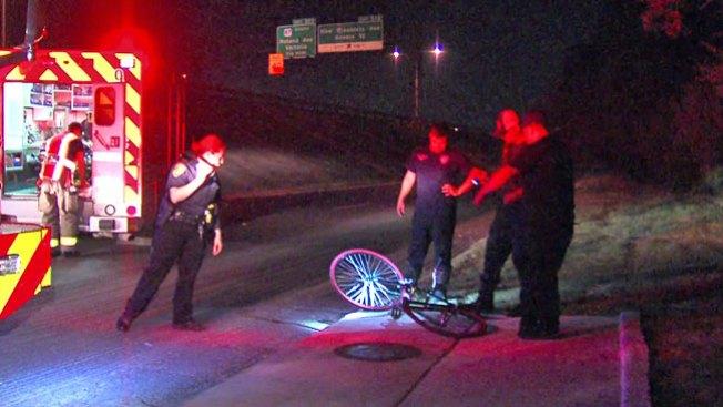 Conductor huye tras arrollar a ciclista