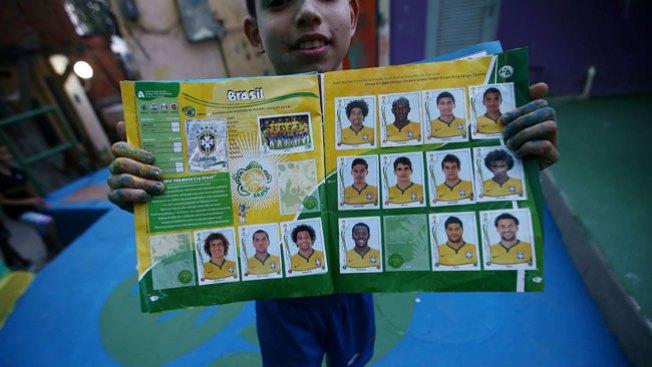 Álbum de Brasil 2014 causa furor