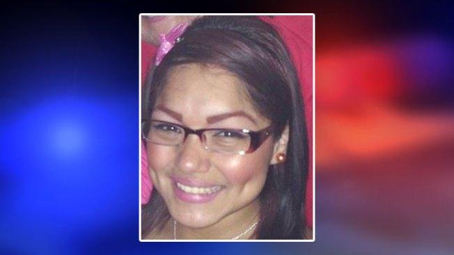 Buscan menor de 14 años desaparecida