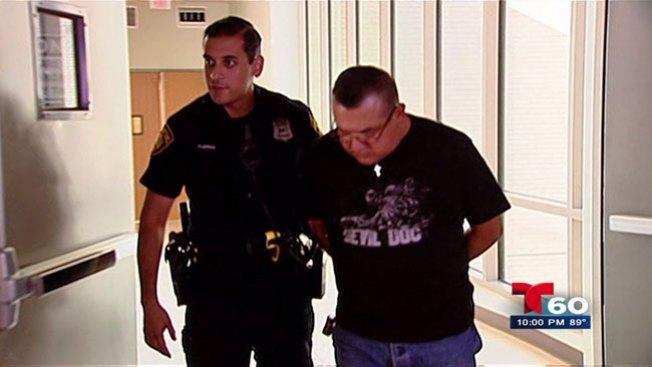 Enfermero arrestado por exhibicionismo