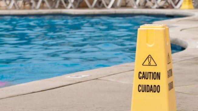 Niño, 3 años, muere ahogado en piscina