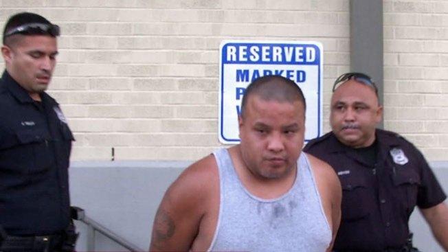 Hombre acusado de robar miles en joyas