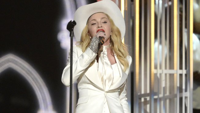 Furor en las redes: el burka de Madonna