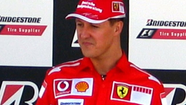Michael Schumacher sale del hospital