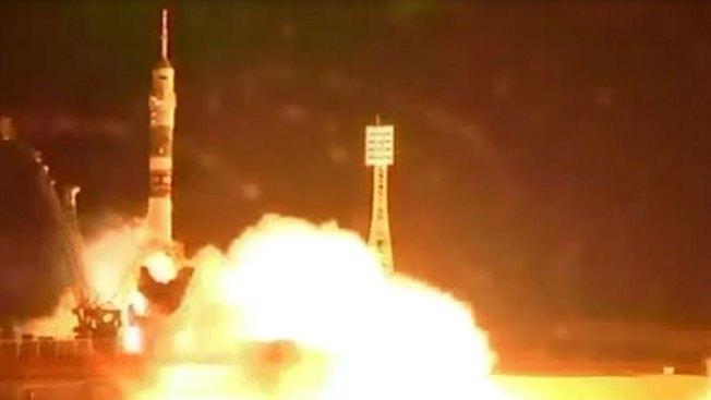 Soyuz despega con astronauta rusa