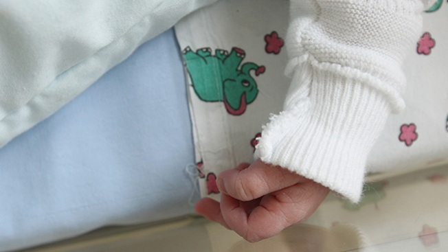Hospital investiga muerte de varios niños