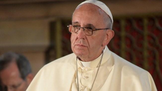 Papa pide perdón por abusos sexuales